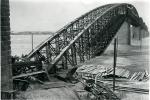 Железнодорожный мост, взорванный колчаковцами, 1919 год